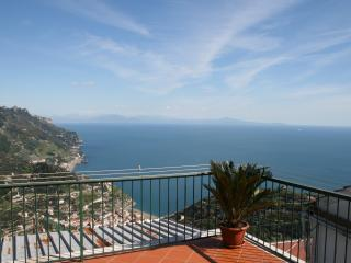 Ravello Rooms Apartment - Ravello vacation rentals