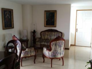 La Mota (10 minutes from El Poblado) - Medellin vacation rentals