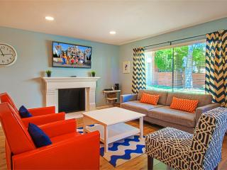 Suite Escapes 6! Walk to Disney/Conv Ctr! Pool! - Anaheim vacation rentals