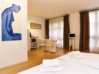 Fantastic GetInBerlin am Kurfurstendamm Apartment in Berlin - Berlin vacation rentals