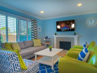 Suite Escapes 8! Walk to Disney/Conv Ctr! Pool! - Anaheim vacation rentals