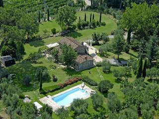 Villa Antico Pino charming Uliveto Villa Cortona - Cortona vacation rentals