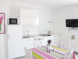 MODERN A2+1 - Island Brac vacation rentals