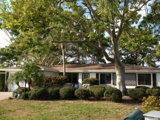 Cozy Secluded Private Home in Rotonda West FL - Rotonda West vacation rentals