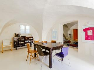 Charm and authenticity in the Lubéron - Lourmarin vacation rentals