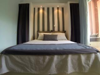 Lovely Apartment (sleeps 5), N.Marmaras,Chalkidiki - Neos Marmaras vacation rentals