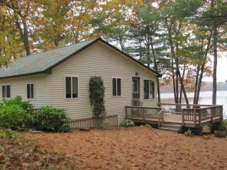 Private Lakeside Cottage in Wayne Maine - Leeds vacation rentals
