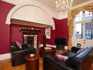 Luxury York Apartment near racecourse - York vacation rentals