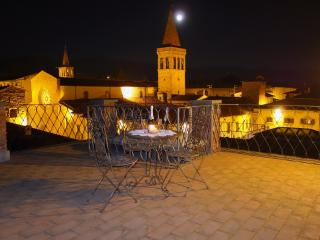 Charming and romantic Tower with amazing terrace - Sansepolcro vacation rentals