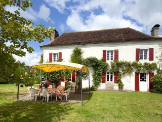 Maison Thyarre - Sauveterre-de-Béarn vacation rentals