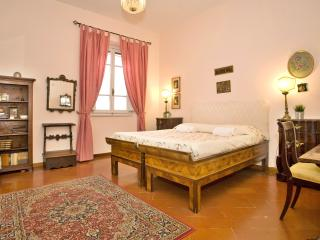 Two Steps From Ponte Vecchio - Florence vacation rentals