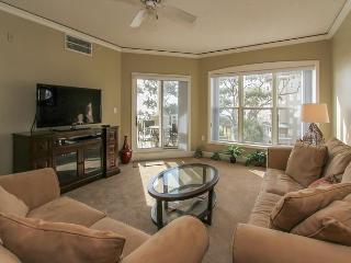 6304 Hampton Place-Beautiful Oceanfront Villa! Avail 8/1,8/22 & 8/29 weeks - Bluffton vacation rentals