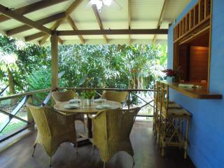 Casa Mar y Luz, spacious house in Playa Chiquita - Puerto Viejo de Talamanca vacation rentals