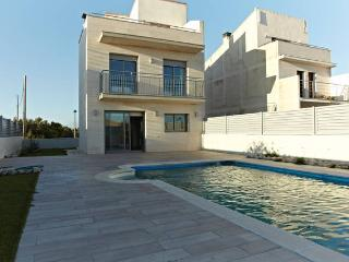 11 de Setembre 21-Views to the sea - L'Ametlla de Mar vacation rentals