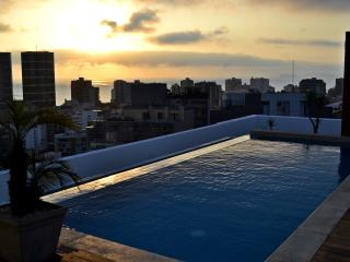 3BDR PANORAMIC POOL&HEART OF MIRAFLORES - Lima vacation rentals