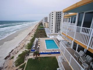 Visit Smyrna Beach Club- 1/1.5 that Sleeps 6 - New Smyrna Beach vacation rentals