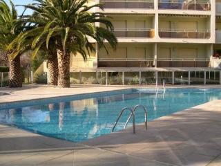2 pièces Centre Ville / Piscine - Ste Maxime - Saint-Maxime vacation rentals