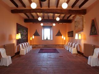 Castle for Rent Near Costa Brava in Spain - Castillo Catalunia - Navata vacation rentals