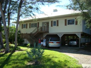 Best Value on the Island 3 Bd, 2 Ba Private Beach - Sanibel Island vacation rentals