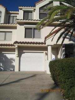 Entry - Fully Furnished 3BR/4Bath Indian Rocks Beach House - Indian Rocks Beach - rentals