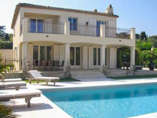 Lovely Villa of 200 m2 on St Tropez - Saint-Tropez vacation rentals