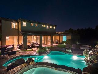 'Casablanca'Luxury Pool & Spa, Waterslide, Firepit - La Quinta vacation rentals