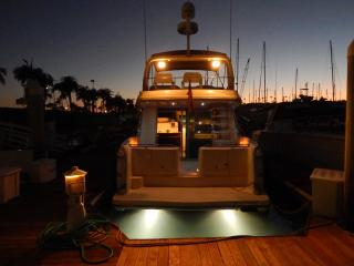 BOAT, BED & BREAKFAST -