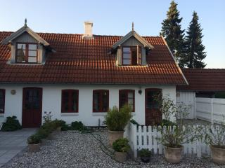 Det Gamle Vandrehjem (The old hostel) - Tisvildeleje vacation rentals