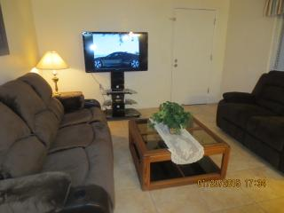 VALUE DEAL, beautiful 2 bed. 2 bath, heated pool - Surprise vacation rentals