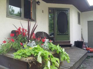 Open concept on the Grand River - Woodstock vacation rentals