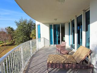 Palms Resort #2216 Full 2 Bedroom - 2nd Floor -Destin's Largest Lagoon - Destin vacation rentals