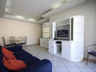 ★Clara 704★ - State of Rio de Janeiro vacation rentals