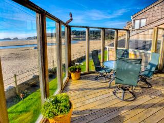 Main Flagship - Cannon Beach vacation rentals