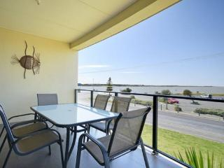 Unwind @ Riverside Goolwa - Middleton vacation rentals