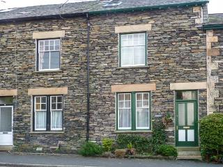 BLUEBELLS, en-suite, WiFi, great touring location near Windermere, Ref. 913813 - Holmrook vacation rentals