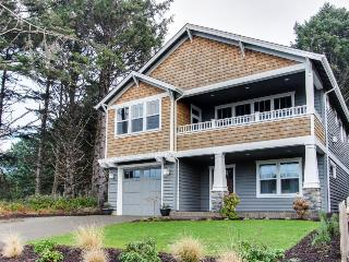 Ocean View | Hot Tub | Gas Fireplaces | Haystack Rock - Cannon Beach vacation rentals