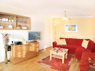 LLAG Luxury Vacation Apartment in Ruhpolding - 972 sqft, centrally located, quiet, 5 stars (# 3204) - Schoenau am Koenigssee vacation rentals