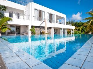 Villa Elegance - Pereybere vacation rentals