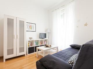 Apartamento Peral - Seville vacation rentals