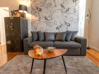 luxe: localization, view, lift - Lisbon vacation rentals