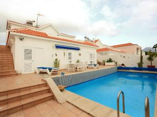 A beautiful three-floor villa in Callao Salvaje - Callao Salvaje vacation rentals