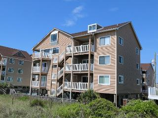 Sand Pebbles A9- Unwind and enjoy this oceanfront condo with easy beach access - Carolina Beach vacation rentals