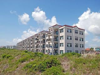 DR 2108 -  Beautiful oceanfront condo with pool, tennis and easy beach access - Wilmington vacation rentals