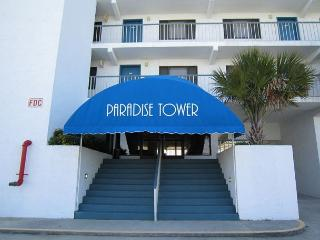 In Paradise- Ocean view condo at Paradise Towers w/ pool and easy beach access - Carolina Beach vacation rentals