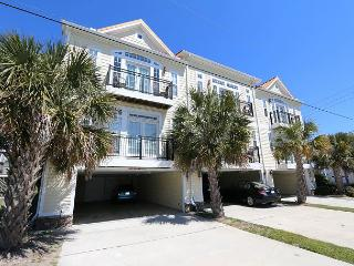 """Coquina -  Unwind and enjoy this quiet ocean view """"Oasis"""" close to the beach - Kure Beach vacation rentals"""