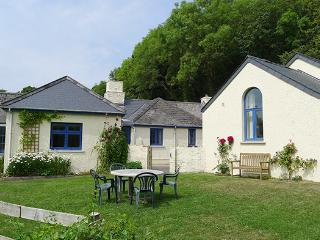 Pet Friendly Holiday Cottage - Penwaun, Nevern - Pembrokeshire vacation rentals