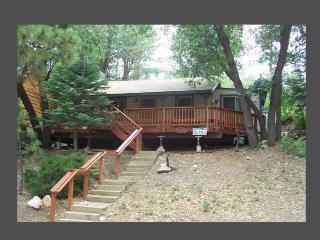 A Huckabey Hideaway - Big Bear Area vacation rentals