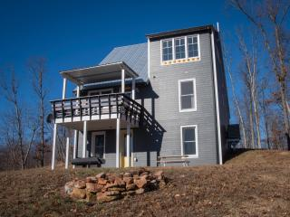 The Artisan (14-Miles from Mammoth Cave) - Mammoth Cave vacation rentals