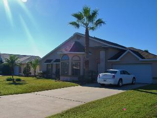 409 OC  3 Bdrm, 2 Bath, Wi-Fi, Pool, Lake View - Orlando vacation rentals