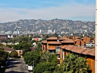 Luxury 2 Bed/Bath Near The Grove - Los Angeles vacation rentals
